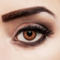 Contact lenses Hazel Love - strong coverage
